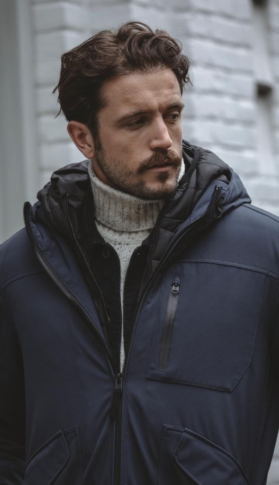 jas-man-winter-koud-regen-blauw