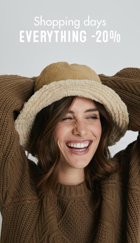Vrouw-hoed-trui-fashion-days-korting